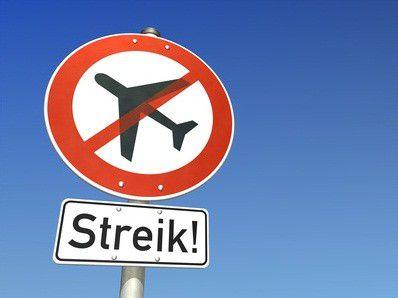 Ihr Flieger streikt und Sie sitzen am Flughafen fest? Lesen Sie, welche Rechte Sie haben.