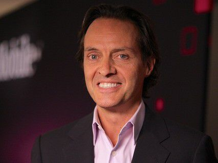 John Legere kommt von Global Crossing.