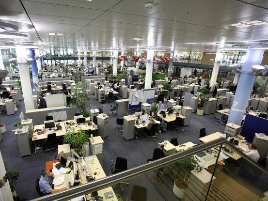 Am Projekt Magellan arbeiten Entwickler aus der IT und Prozessspezialisten aus dem Retail-Geschäft Schreibtisch an Schreibtisch.