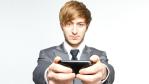 Arbeitgeberinteressen beeinträchtigt: Handy für Privatgespräche im Job genutzt - Foto: fotolia.com/Benicce