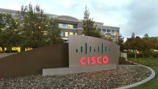 Firmenschild vor der Cisco-Zentrale in San Jose