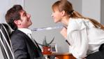 Tipps zum Valentinstag: Flirten per Mail und Liebe im Büro - Foto: Sergey Peterman - Fotolia.com