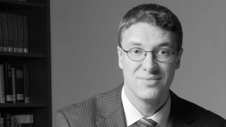 Rechtsanwalt Oliver Stöckel moderiert das Rechtsforum zur Reutax-Insolvenz