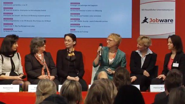 Mehr Frauen ins Management! Zu dem Thema diskutierten auf der CeBIT (von links)Barbara Lix (Cundus), Vera Meyer (Siemens, Victoria Ossadnik (Microsoft), COMPUTERWOCHE-Redakteurin Alexandra Mesmer, Sabine Bendiek (EMC) und Patricia Neumann von IBM.