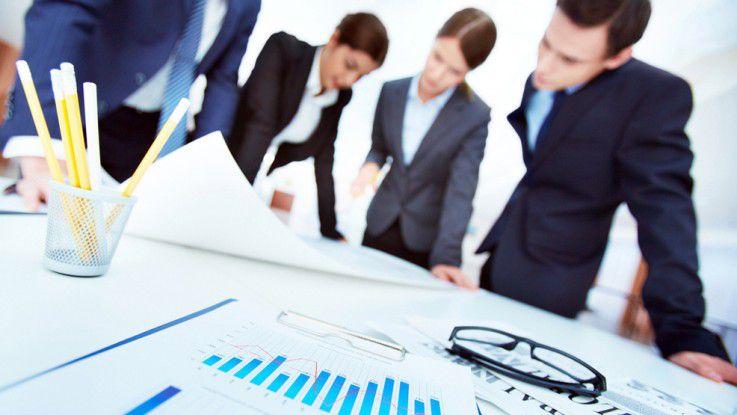 Neben dem IT-Team sollten zumindest auch die Unternehmensleitung und die Anwender in die Kommunikation einbezogen werden.
