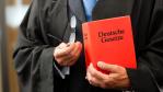 Hosting: Konsequenz aus dem RapidShare-Urteil - Foto: Kzenon - Shutterstock.com