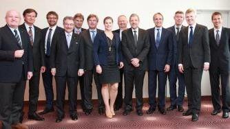 Gruppenbild mit Dame: Katharina van Delden ist neben IBM-Chefin Martina Koederitz (hier nicht im Bild) die zweite Frau im Bitkom-Präsidium.