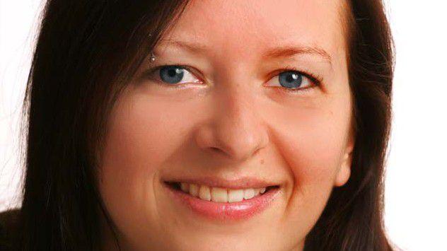 Web-Designerin Susanne Hartung sorgt für ein einheitliches Corporate Design beim Softwarehersteller Sage Software.