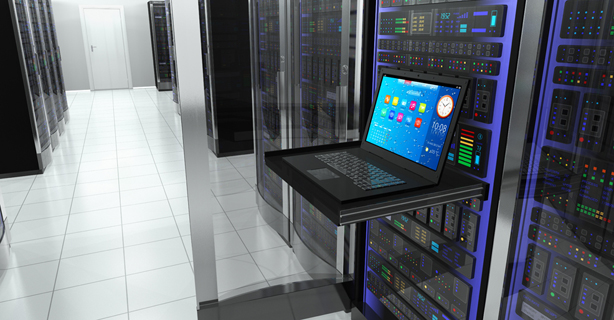 Top 100 - Server: Gebremstes Wachstum im Server-Markt - Foto: Oleksiy Mark, Fotolia.de