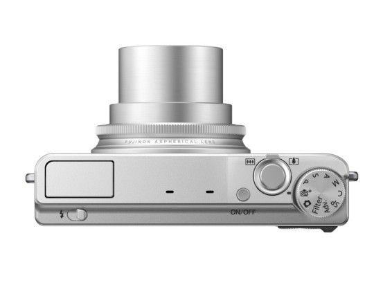 Das Moduswählrad der Fujifilm XQ ist unserer Meinung nach etwas zu überladen.
