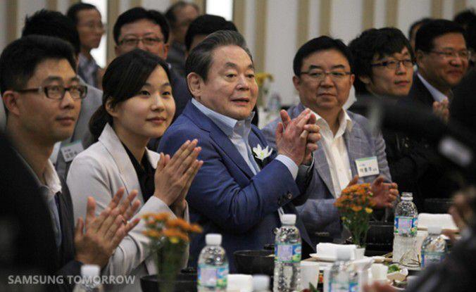 Der Samsung-Electronics-Chairman Kun-hee Lee bei der Einweihung einer neuen Speicherfabrik 2011. Der dritte Sohn des Firmengründers ist der reichste Südkoreaner.