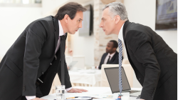 Arbeitsrecht: Was jeder Büro-Insasse wissen sollte - Foto: BlueSkyImages - Fotolia.com