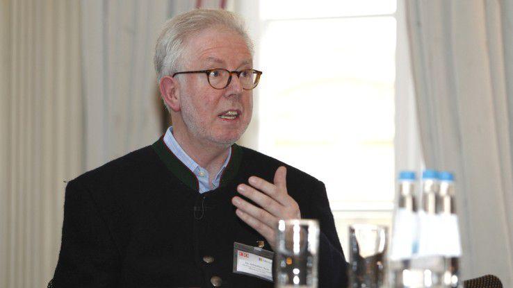 """""""Unternehmen dürfen hier nicht stillstehen"""", warnt Sebastian Saxe, CIO und Chief Digital Officer bei der Hamburg Port Authority. """"Die große Gefahr besteht darin, dass der sogenannte Kodak-Effekt ganze mittelständische Industrien betreffen kann."""""""