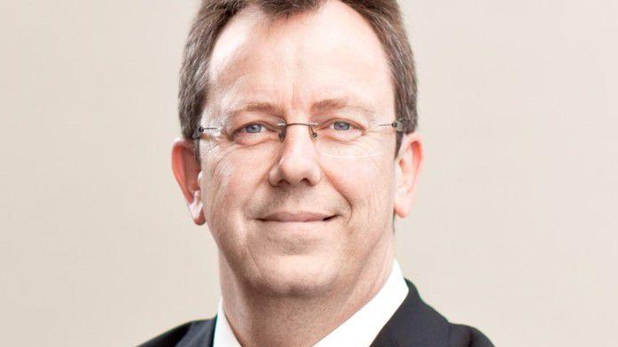Wolfgang Frick, Leiter des Vorstands-Ressorts Marketing und Sortimentsmanagement in einem Konzern, plädiert für mehr Entscheidungsfreude.