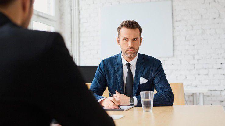 Bei Bewerbungsgesprächen kommt es ganz besonders darauf an, wer Ihnen gegenübersitzt.