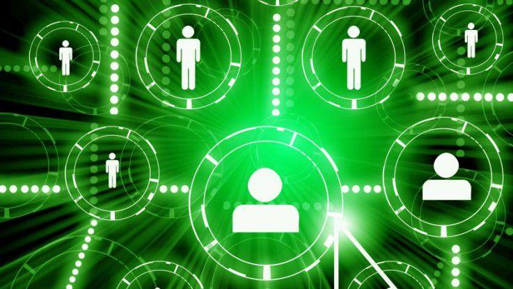 Jeder Content, den eine Firma als Arbeitgeber in die sozialen Netzwerke einbringen, lädt zur Kommunikation ein. Es sollten also genügend Resourcen für einen Dialog mit potenziellen Bewerbern zur Verfügung stehen.