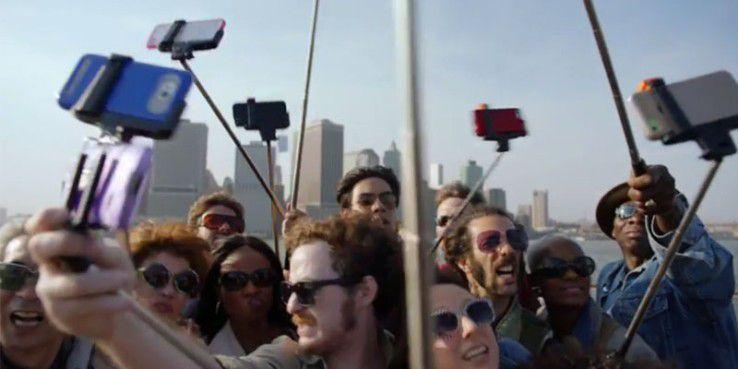 Disney verbietet Selfie-Stangen in den Parks