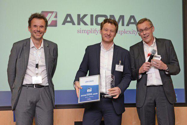 Mike Liewehr von AKIOMA mit dem Editors Choice Award.