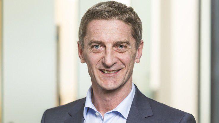Frank Obermeier, Country Leader von Oracle in Deutschland, versuchte die Wogen zu glätten, und rief seine Kunden dazu auf, gemeinsam an einem Strang zu ziehen.