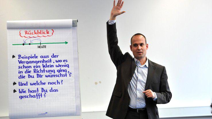 """Frank Rebman arbeitet als (Führungskräfte-)Trainer, Berater und Coach für Unternehmen in Stuttgart. Er ist Experte für das Themenfeld """"Ermitteln und Entwickeln der Stärken von Führungskräften und ihren Mitarbeitern"""". Der zertifizierte Master Trainer und systemische Coach verfügt über 16 Jahre Erfahrung als Führungskraft und 20 Jahre Erfahrung als Verkäufer in Industrie- und Handelsunternehmen."""