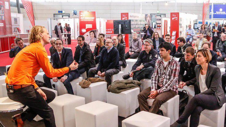 Während der Cebit gibt es im Karrierezentrum verschiedene Vorträge von diversen Firmen, die für Arbeitnehmer interessant sind.