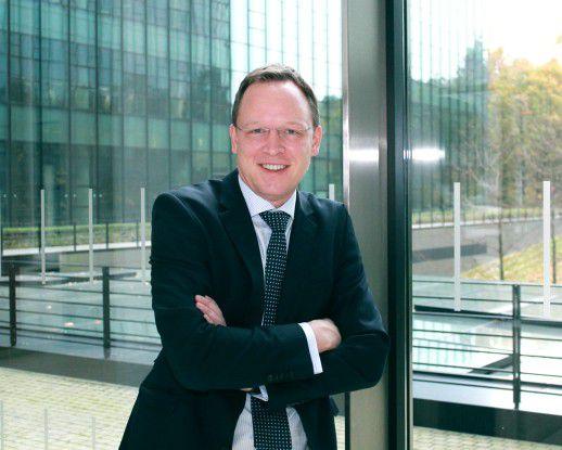 """Alexander Thiele, Dell: """"""""Im Bereich Netzwerk stehen 2016 die Trends Virtualisierung und Automatisierung ganz oben auf der Agenda. Viele Unternehmen profitieren seit Jahren von den Vorteilen der Virtualisierung im Serverbereich, jetzt können diese auch auf das Netzwerk übertragen werden."""""""
