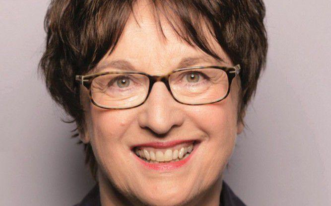 """Brigitte Zypries, parlamentarische Staatssekretärin im Bundeswirtschaftsministerium, macht sich für das Qualitätssiegel """"Trusted Cloud"""" stark."""