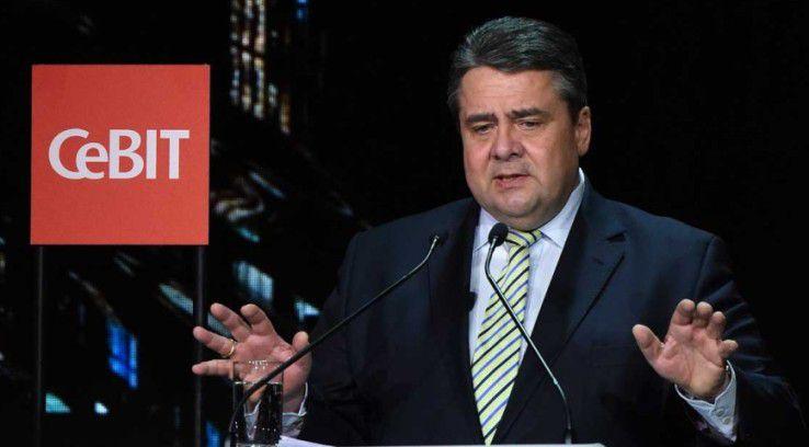 Bundeswirtschaftsminister Sigmar Gabriel lobte die Initiative von EU-Kommissar Günther Oettinger für einen digitalen Binnenmarkt.