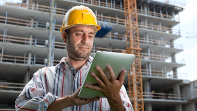 Rugged Devices: Wo bleibt das robuste Outdoor Tablet für die Logistik 4.0? - Foto: Shutterstock.com - Peter Bernik