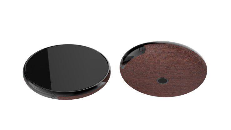 Runcible Lovelace mit Holzabdeckung und Kamera