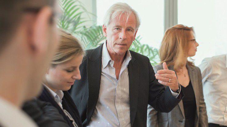 Michael Schwartz leitet das Institut für integrale Lebens- und Arbeitspraxis, das Unternehmen und ihre Mitarbeiter dabei unterstützt, Spitzenleistungen zu erbringen.