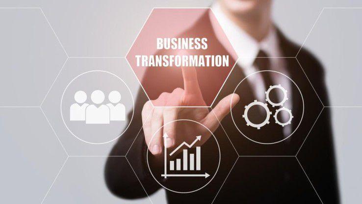 Für die digitale Transformation in der Industrie 4.0 ist erfolgskritisch, erst die Mitarbeiter zu motivieren und danach Maschinen und Prozesse zu optimieren.