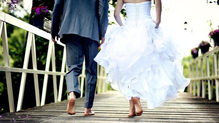 Ist die klassische Hochzeit ein Auslaufmodell? Wohl nicht - aber Blockchain macht die Trauung per QR-Code über das Internet zumindest schon möglich.