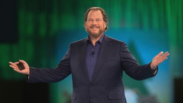 Salesforce-Chef Marc Benioff peilt im laufenden Geschäftsjahr 2018 die 10-Milliarden Dollar-Marke beim Umsatz an.