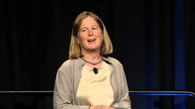 Diane Greene, Cloud-Chefin bei Google, sortiert den Bereich um und stellt das Geschäft neu auf. Dazu zählt auch das neue Branding.