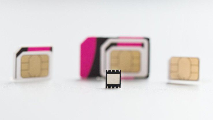 Familienfoto: Micro SIM (2010), Standard SIM (1996), Nano SIM (2012) und Embedded SIM (vorne)