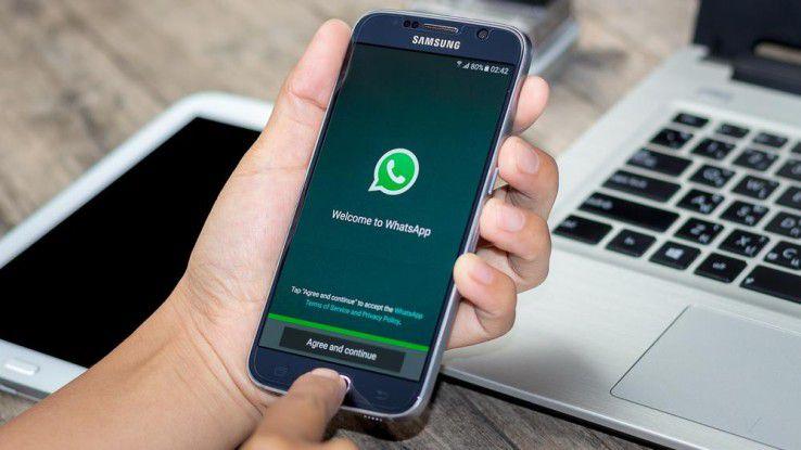 Nach hohen Investitionen möchte Facebook mit WhatsApp endlich Geld verdienen.