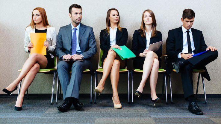 Bittsteller im Vorstellungsgespräch? Für junge Informatiker kein praktikables Rollenmodell. Sie wollen, dass der Arbeitgeber sie überzeugt und nicht umgekehrt.