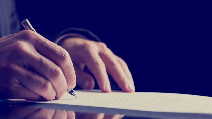 Der Arbeitsvertrag regelt normalerweise auch die Vor- und Nachbereitung für die Arbeit. Zweifelsfälle jedoch müssen vor Gericht geklärt werden.