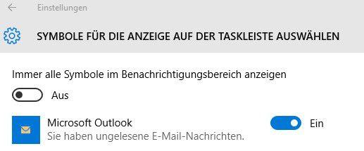 Den Briefumschlag von Outlook 2016 müssen Sie manuell im Traybereich von Windows 10 einblenden lassen.