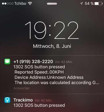Wir haben die SOS-Taste mindestens vier Sekunden lang gedrückt. Deshalb bekommen wir eine SMS und eine Mailbenachrichtigung.