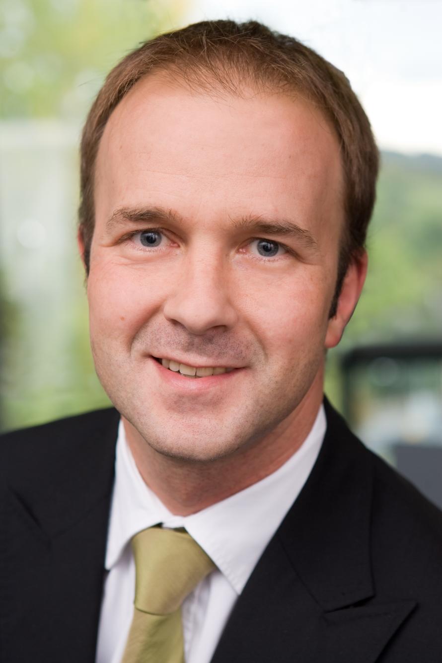 <b>Marko Albrecht</b>, CEO von zetVisions, sieht sich in Europa bereits als <b>...</b> - 890x