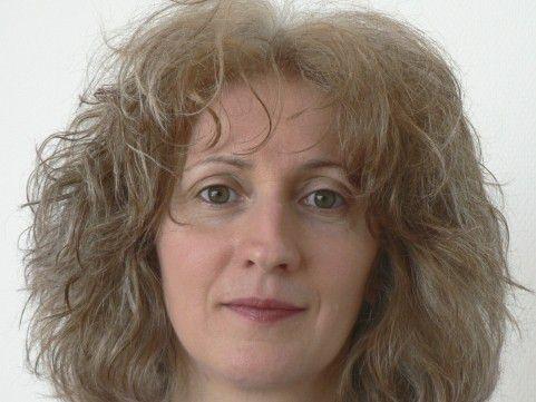 """""""Es geht auch um Sprach- und Sozialkompetenz"""", meint Devamani Ott, Projektleiterin an der Fachhochschule St. Gallen."""