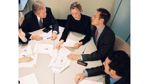Allein unter Männern - in Meetings, Projektbesprechungen und auf vielen Fachterminen: Diese Situationen kennen Frauen in der IT gut.