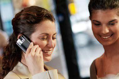 Bitkom protestiert gegen Absenkung der Preise für Auslands-SMS.