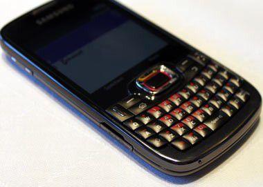 Samsung B7330: Windows-Smartphone im Blackberry-Design ab Oktober erhältlich.