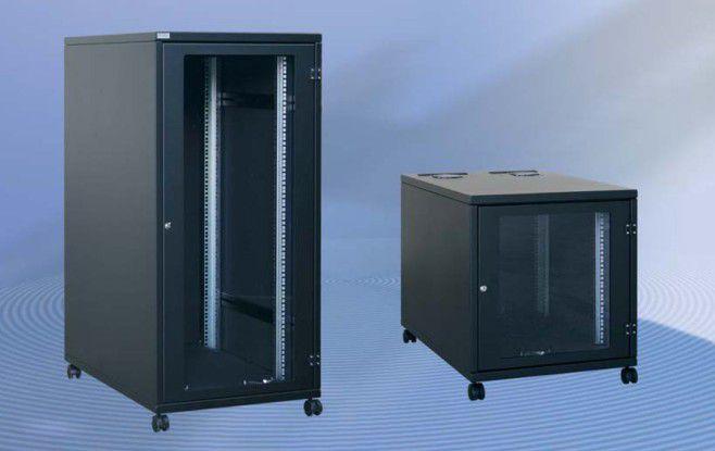Endlich Ruhe: Akustikschränke reduzieren bei büronah aufgestellten Servern den Lärm (Quelle: Lehmann).