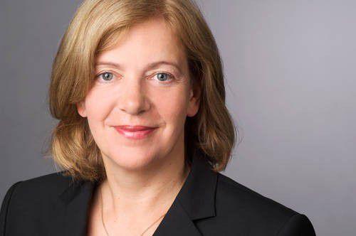 """""""Heute wird nicht nur mehr als im Vorjahr über Green IT in den deutschsprachigen Fachmedien geschrieben, sondern auch anders. Es geht weniger um Begriffsdefinitionen und Hintergründe als um ganz konkrete Maßnahmen und Green IT in der Praxis"""", analysiert Franziska Berge, Leiterin der Agentur index."""