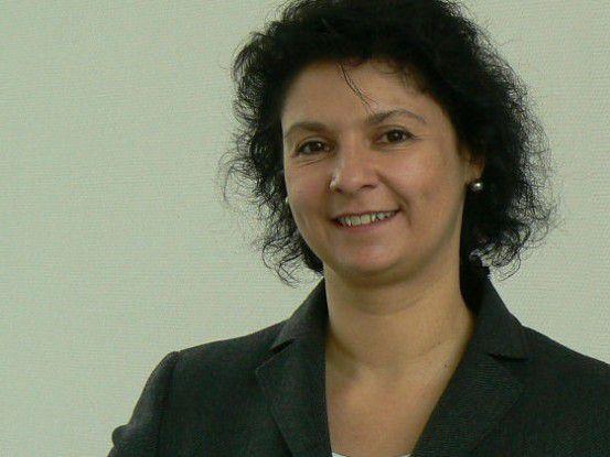 """Angelika Schwartz, IT-Leiterin im SWS-Konzern zu den Kriterien für die Auswahl des neuen Dienstleisters: """"An erster Stelle stehen große Erfahrung und namhafte Referenzen im Betrieb von SAP HCM Systemen. Dabei legen wir großen Wert auf den Betrieb in einem Hochsicherheitsrechenzentrum. Wichtig war uns außerdem, dass der Anbieter alles aus einer Hand liefern kann: sowohl den Basisbetrieb und die Applikationsbetreuung als auch die Projektabwicklung."""""""