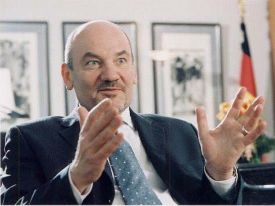 """Chefregulierer Kurth hofft auf """"tragfähige Kompromisse""""."""